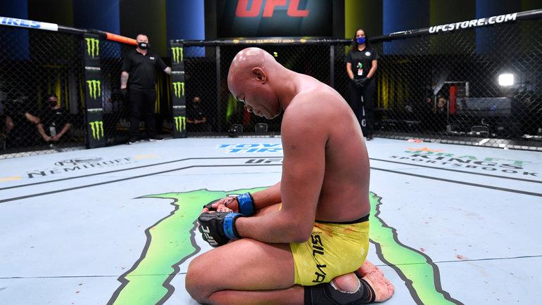 Андерсон Сильва потерпел поражение в последнем бою под эгидой UFC