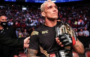 Оливейра - новый чемпион UFC